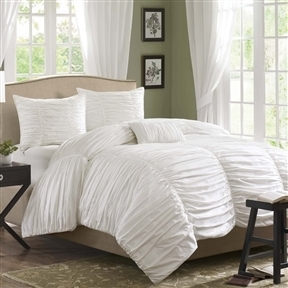 King size 4 Piece Comforter Set in Rouched White Cotton & Microsuede
