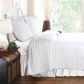 Full 3-Piece Quilt Set 100% Cotton White Ruffled Stripes Reversible