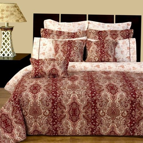 Hampton Reversible Multi-Piece Bedding Set