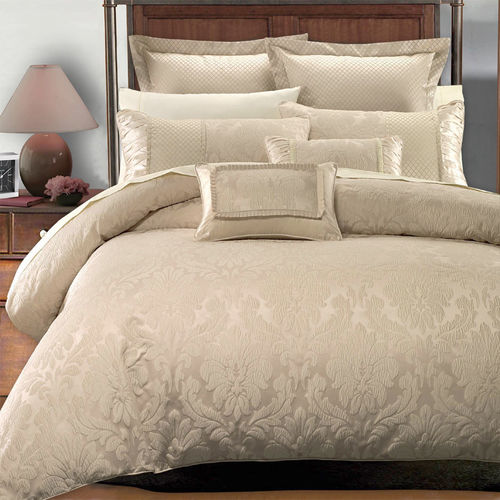 Sara 7PC Duvet Cover Set by Royal Hotel Collection