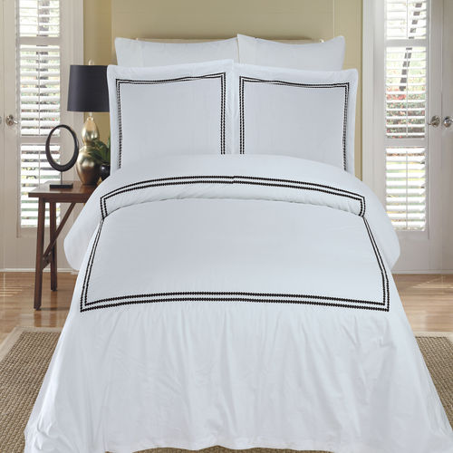 Maya Embroidered Duvet cover set